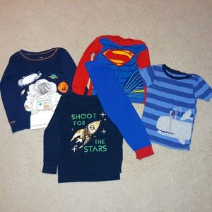 *New Listing* Assorted 4t Jammie Bundle